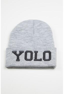 """""""YOLO"""" Pilka kepure"""